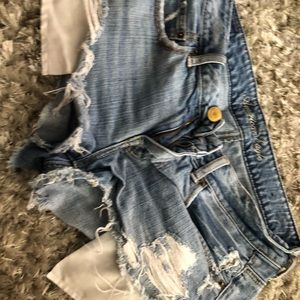 AE SHORTIE SHORTS SIZE 8
